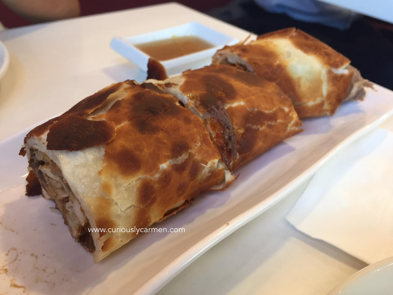 peaceful-restaurant-vancouver-review-beef-roll