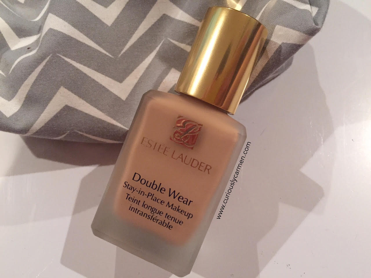 estee-lauder-double-wear-stay-in-place-makeup-review